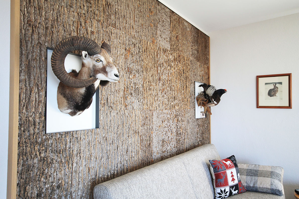 Wandgestaltung mit Echtholzrinde