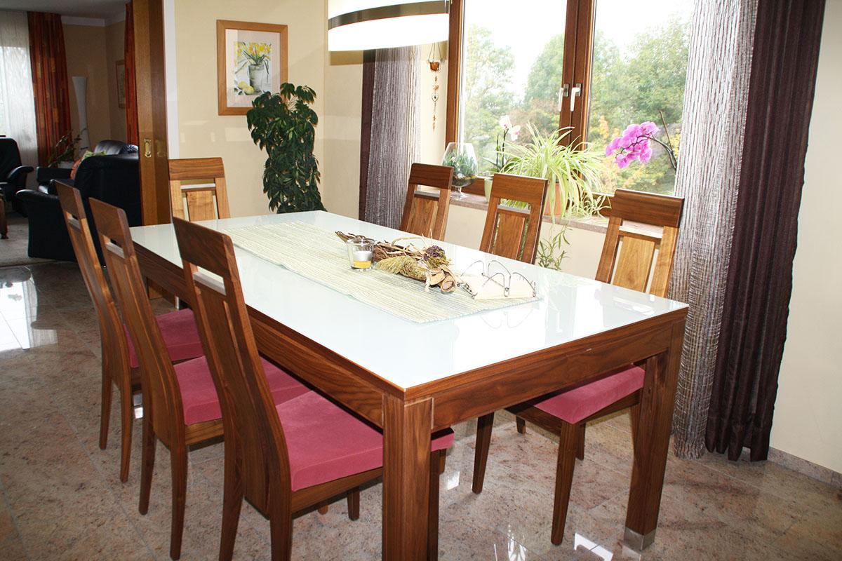 Esstisch mit 7 Stühlen