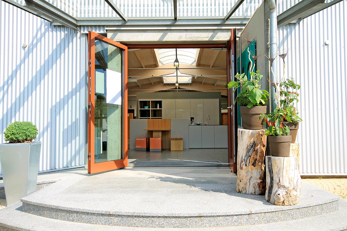 Eingang Küchenstudio 1