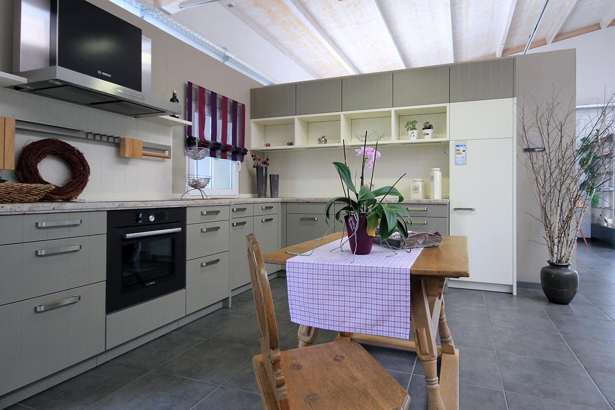 Innenansicht Küchenstudio 2