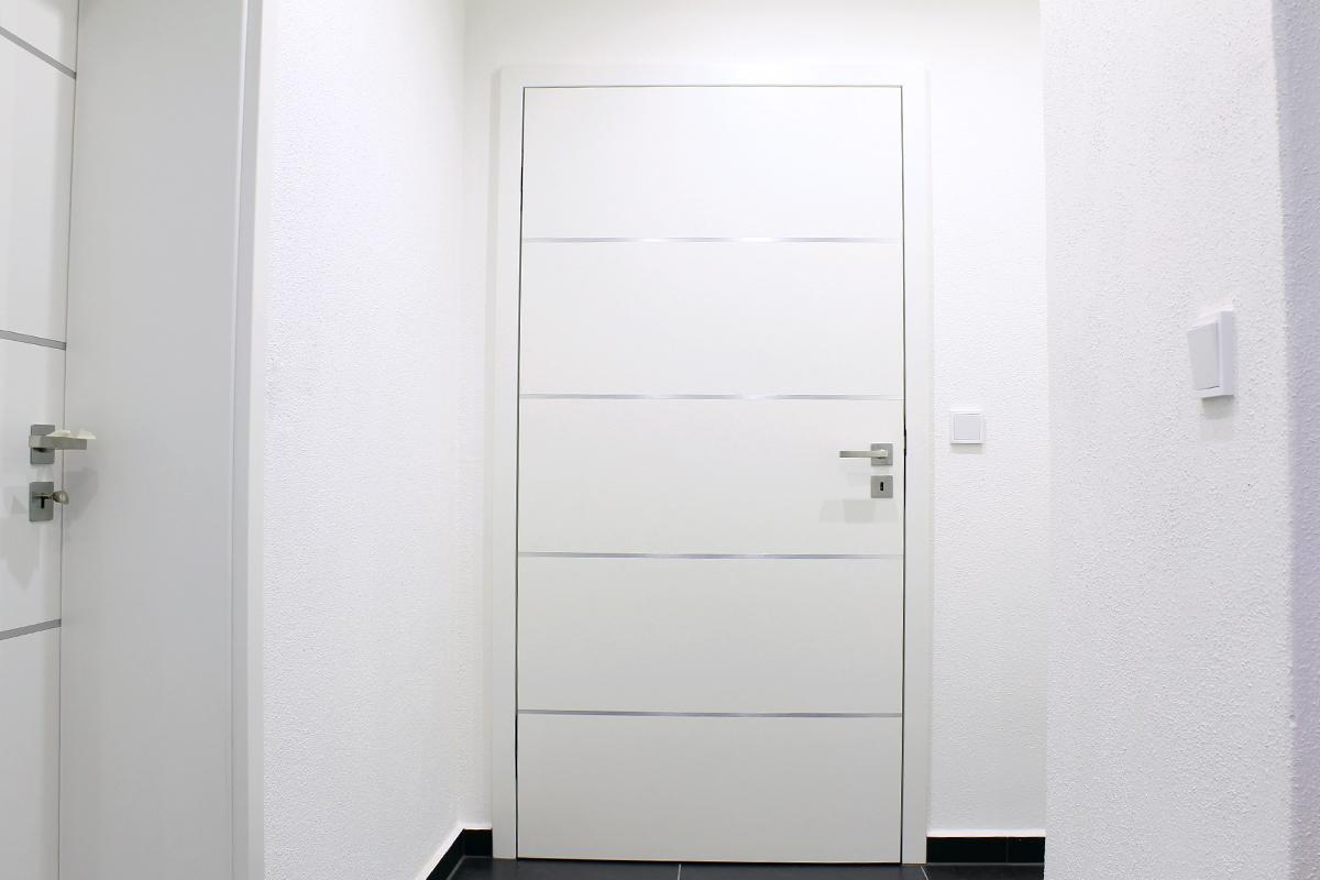 weiße Innentür