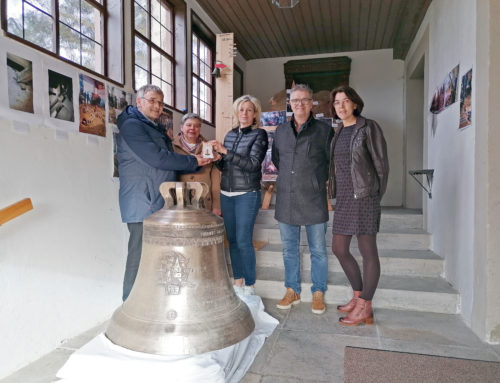 Spendenübergabe an Kirchengemeinde Erzberg